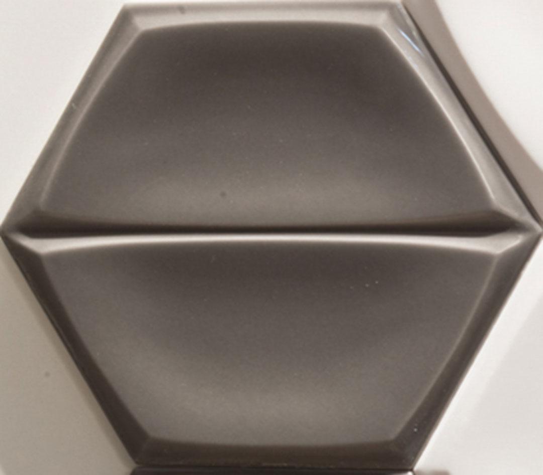Magnolia-Wall-Tile-622x722-Charcoal-Glossy