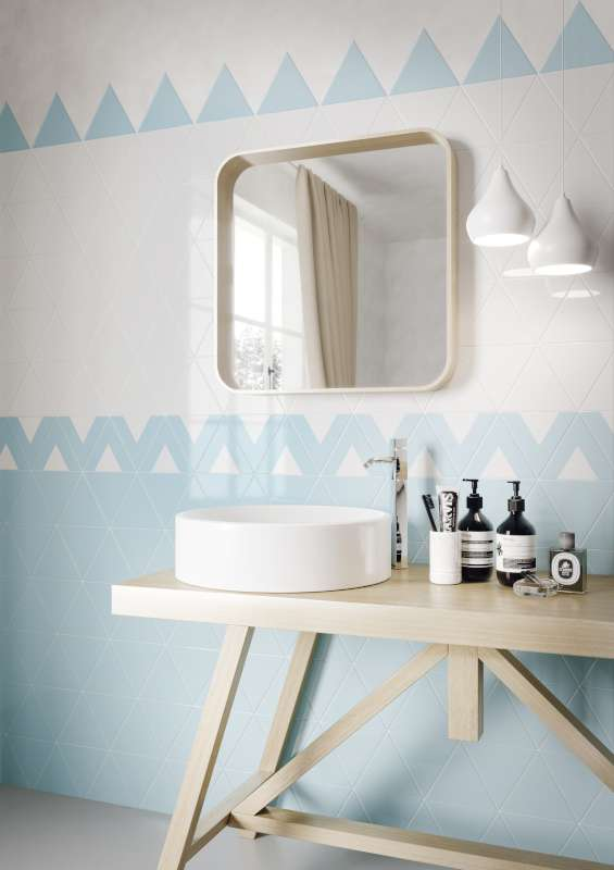Triangolo-Bianco-Azzurro-Scene-1