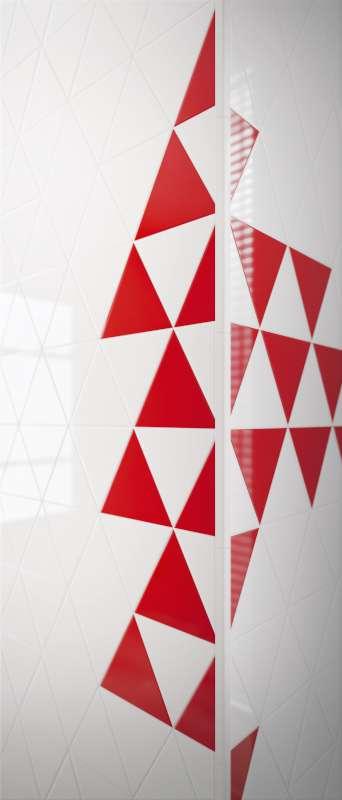 Triangolo-Bianco-Rosso-Scene-1