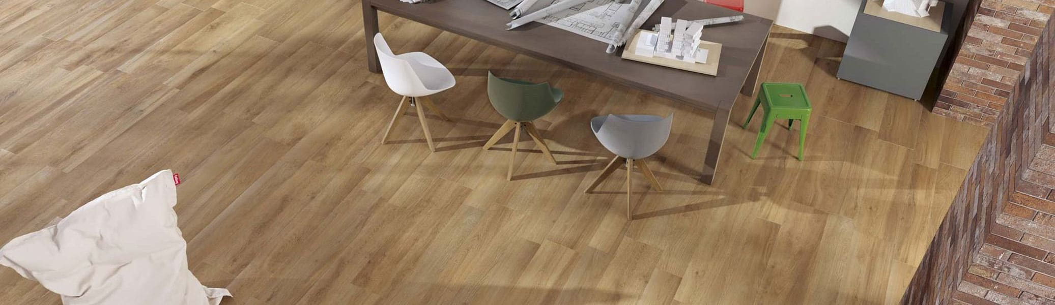 banner-ever-wood-look-floor-wall-tile-ceramic-rondine-1900x550