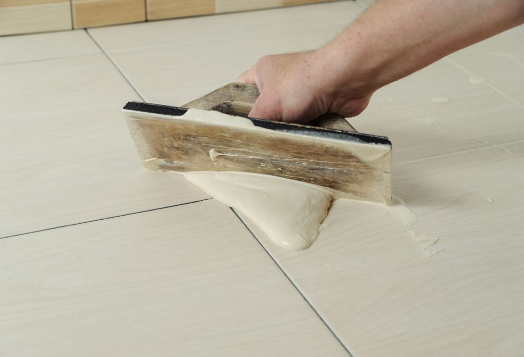 how long for grout to dry